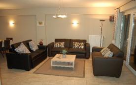 Ruim appartement bij zeedijk met GRATIS WIFI en digitale TV