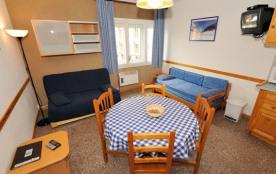 Appartement F2 - 42 m² - 5 personnes - catégorie 4 - pieds des pistes - vue côté pistes.