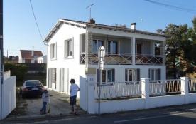 FR-1-194-65 - villa indépendante en centre ville avec jardin
