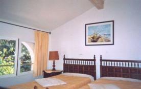 chambre 2 lits - T-2