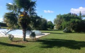 Gite pour 6 personnes, avec piscine privée, en pleine campagne, au coeur du Périgord Noir - La Chapelle-Aubareil