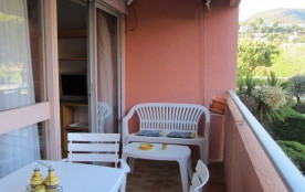 Le Lavandou (83) - Quartier du grand jardin - résidence Le Levant. Appartement T2- 30 m² environ-...