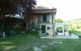 Agréable petite maison indépendante sans vis à vis terrain de 2500 M2 dans un pré de 3 hectares - Tournus