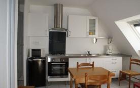 Appartement ** exposé sud-ouest, idéal pour 2 personnes et situé à l'étage.