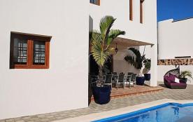 API-1-20-27330 - Villas Caletas Village