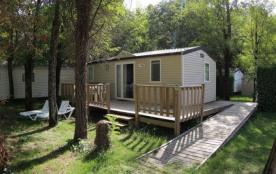 Mobil home 2 chambres, adapté aux personnes à mobilité réduite, répondant aux normes en vigueur, non-climatisé, situé...