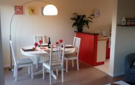 Agon Coutainville.  Appartement avec vue de la mer, 2 minutes à pied au restaurant et 5 minutes à...