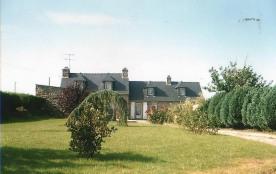 """Maison traditionelle """"Longere"""" en pièrre rénovée et dans un cadre agréable et calme"""