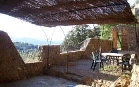 Maison en  pierre à flanc de montagne sous Belgodère :  calme, charme original, vue panoramique,  piscine écologique...