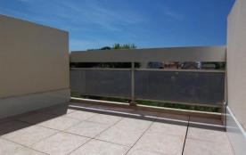 CARNON LOCATION DE VACANCES STUDIO AVEC GRANDE TERRASSE AU CALME 4 COUCHAGES