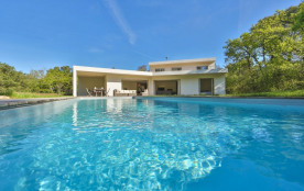 squarebreak, Beautiful modern villa just outside Aix