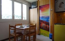 Arette La Pierre Saint Martin (64) - Résidence Les Myrtilles. Appartement studio de 20 m² environ...