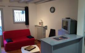 Bel appartement meublé - centre ville - 300 m des Thermes