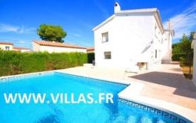 Villa GX Chabi - Agréable villa indépendante disposant de 4 chambres et de tout l'équipement néce...