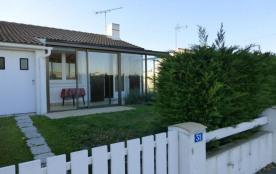 Maison 3 pièces de 52 m² environ pour 6 personnes situé à 1 km 400 des commerces et 700 m de la p...