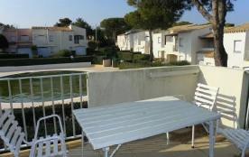 """Appartement T3 + terrasse pour 4 à 5 personnes, Résidence """" Port Lano""""."""