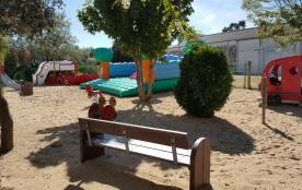 Air de loisir pour les enfants à l'intérieur du camping
