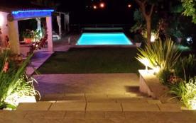 Villa avec piscine privée et chauffée, (internet Wifi)