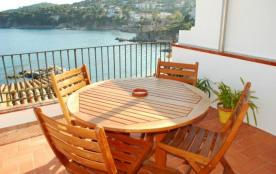 Appartement avec grande terrasse et Vue sur mer