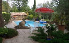 Maisonnette en campagne avec piscine chauffée pour 2 personnes