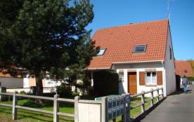 Maison 2 chambres avec jardin située à Stella-Plage.