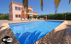 Los Pinos, Palmira. Villa à Calpe / Calp qui possède 5 chambres et capacité pour 11 personnes.