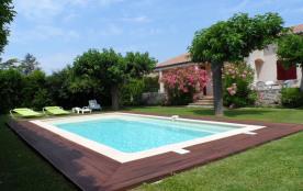 Belle villa indépendante tout confort 7 personnes avec joli jardin entièrement clôturé et piscine privative