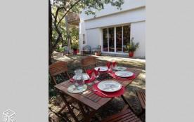 Cap Ferret. Appartement indépendant sur grand jardin boisé privatif