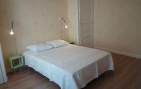 F3 4 personnes. Un logement agréable dans le centre ville d'Annecy, à proximité des commerces et ...