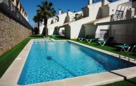 Belle maison de vacances,6pers,3ch-2sdb,piscine comm.à louer