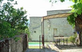 Detached House à LE POET LAVAL