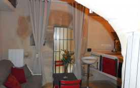 le studio Bonaparte avec 2 lits gigognes et accès à une cour intérieure