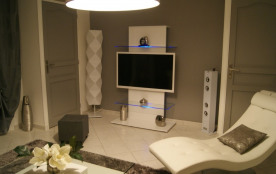 L'espace multimédia, télé Leds 127cm et tour stéréo