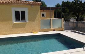 Villa neuve avec piscine privée sur les Hauteurs d'Anduze (900m du centre ville).