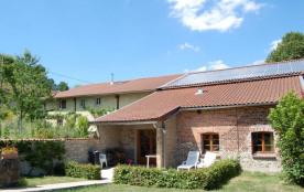 Gîte La Colombière à Chatel-Chéhéry - à 25 km de Vouziers. Maison mitoyenne, de plain pied.