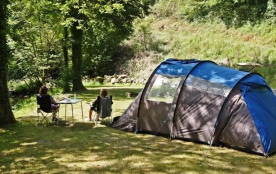 Camping Le Lauradiol, 20 emplacements, 2 locatifs