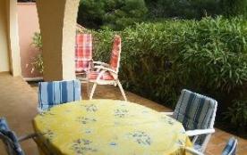 Spacieux appartement T2, rez-de-chaussée, 4 couchages, situé à la résidence Les Foulquines, impas...