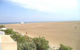 Gruissan (11) - Ayguades - Résidence Les Mers du Sud. Appartement 4 pièces - 70 m² - jusqu'à 6 pe...