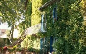 MAISON DE MAîTRE AVEC PISCINE POUR 12 PERSONNES EN PAYS CARCASSONNAIS - Villegly