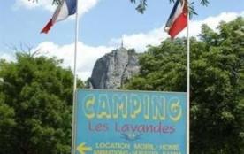 Camping Les Lavandes, 27 emplacements, 30 locatifs