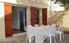 Maison 4 pièces de 75 m² environ pour 7 personnes située à 200 m de la mer, dans le quartier rési...