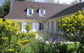 Villa à JULLOUVILLE