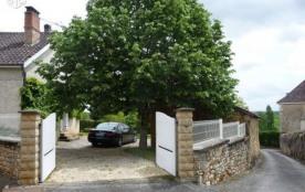 maison en périgord vert dans joli village fleuri - Saint-Jory-las-Bloux