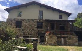 Ranch House dans un cadre verdoyant et tranquille, loin des sentiers battus.