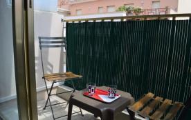 Appartement studio - 25 m² environ - jusqu'à deux personnes-climatisation.