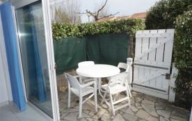 Agréable 2 pièces cabine 4 couchages en rez-de-chaussée dans résidence avec piscine et court de t...