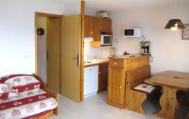 Chalet Les Arolles - Ravissant 2 pièces 6 personnes de 35 m² au deuxième étage du chalet.
