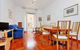 Bright, spacious and cozy in Trieste neighborhood