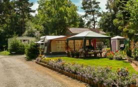Situé dans le cadre d'une nature préservée et paisible, notre camping 3 étoiles vous accueille, été comme hiver, sur ...