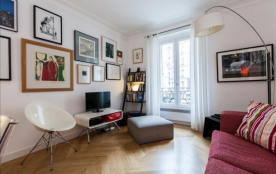 Lovely 2bdr steps from Republique